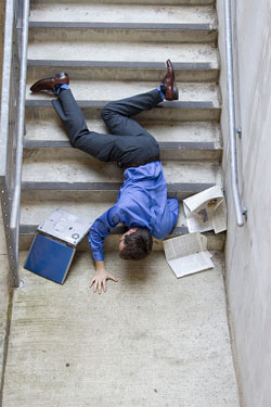 Man_Falling_Down_Stairs